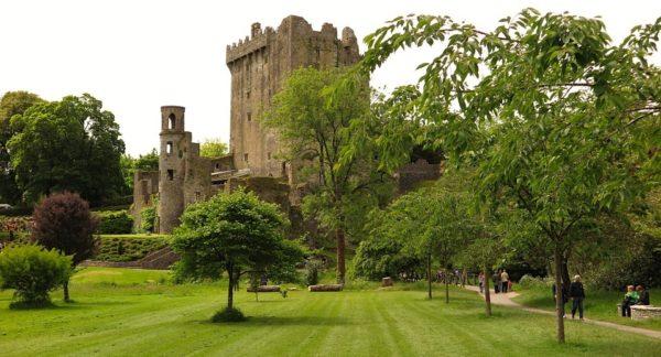 blarney-castle-550111_960_720